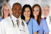 Artsen en verpleegkundige — Stockfoto