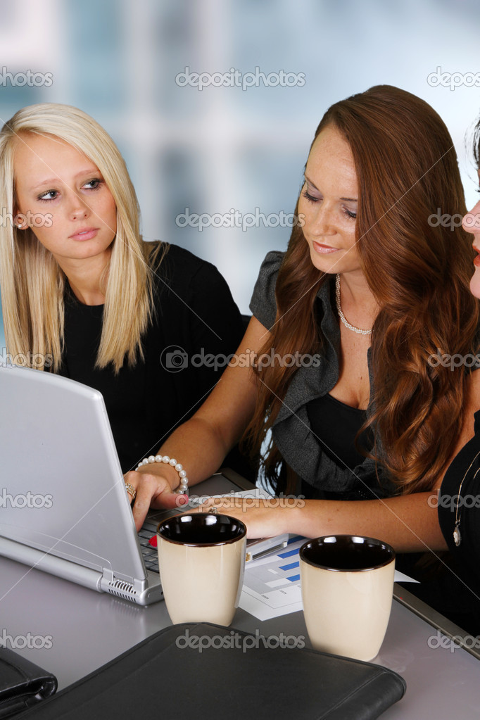 Business Team working while at the office — Stock Photo #11626145