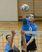 Junior volleyballspiel — Stockfoto