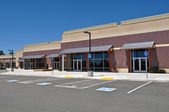 Strip Mall Shopping Center Parking Lot — Stock Photo