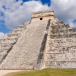 Chichen Itza — Stock Photo #11117918