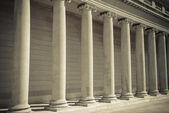 法律和正义的支柱 — 图库照片