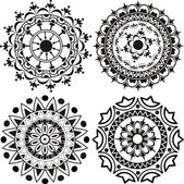 A set of mandalas and lace decorations — Stock Vector