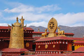 Roof of Jokhang temple — Stock Photo