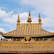 Tibetan gilt roof — Stock Photo