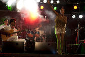 Brazil-Pop Star Betina Ignacio alias Be performes on the Duckstein Festival in Kiel, 2012 August 19 — Foto Stock