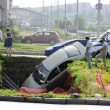 Car fell into the trench — Stock Photo