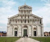 Pisa - facade of cathedral - Piazza dei Miracoli — Stock Photo