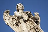 Rzym - anioł z odzieży i kości — Zdjęcie stockowe