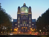 Brussels - National Basilica of the Sacred Heart in evening — Stock Photo