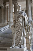 BRUSSELS - JUNE 22: Cicero statue from vestiubule of Justice palace on June 22. 2012 in Brussels. — Zdjęcie stockowe