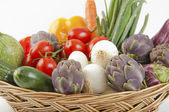 Basket of mixed vegetables — Stock Photo