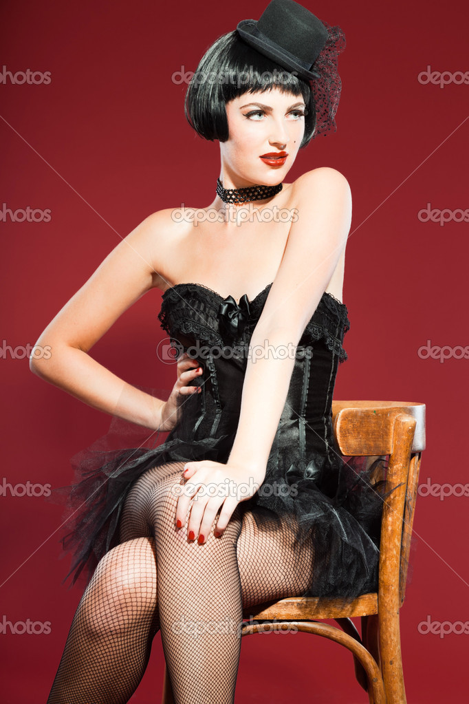 how to become a burlesque model