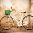 Vintage bicycle - Stockfoto