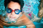 Kid swimming — Stock Photo