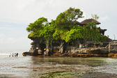 Temple on water Tanah Lot — Stock Photo