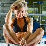 Woman bodybuilder — Stock Photo #11347336