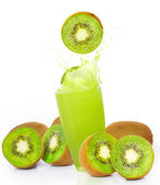 Fresh kiwi juice — Stock Photo