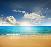 Beach , tropical a sea — Stock Photo