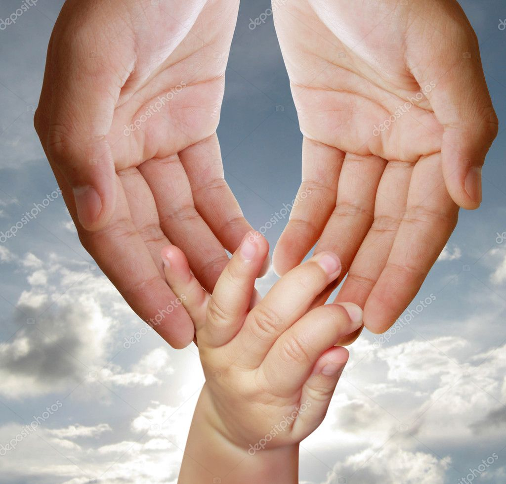 Father giving hand to a child — Stock Photo #11117354
