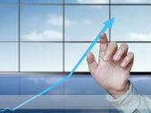 Negócios, tocando com o gráfico de estatísticas — Fotografia Stock