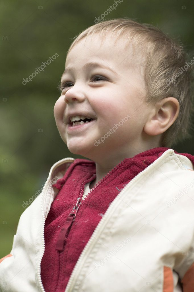Cute Baby Boy Laughing — Stock Photo #11899902