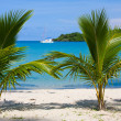 Beautiful tropical beach — Stock Photo #10910280