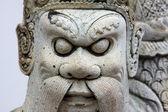 Standbeeld in de tempel wat phra kaew in het gebied van de grote paleis in bangkok, thailand — Stockfoto