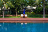 スイミング プール スパ リゾート — ストック写真
