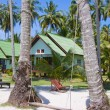 Tropical house on the beach — Stockfoto