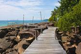 Wood walk way to sea . Island Koh Kood, Thailand . — Stockfoto