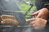 Learn to cook barbecue — Stock Photo