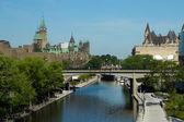 El canal rideau en ottawa, canadá — Foto de Stock