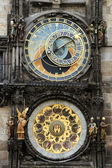 Astronomical clockand figures in Prague — Stock Photo