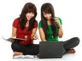Två flickor-studenter — Stockfoto