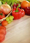 Fresh fruits and vegetables — Stockfoto