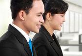 Homem e mulher trabalhador de escritório trabalhando — Fotografia Stock