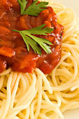 Spaghetti and tomato sauce — Stock Photo