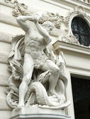 Statue of Heracles and Lernaean Hydra in Hofburg Palace — Stock Photo