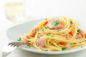 Spaghetti with Tuna — Stock Photo
