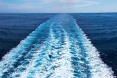 Wake cruise ship — Stock Photo