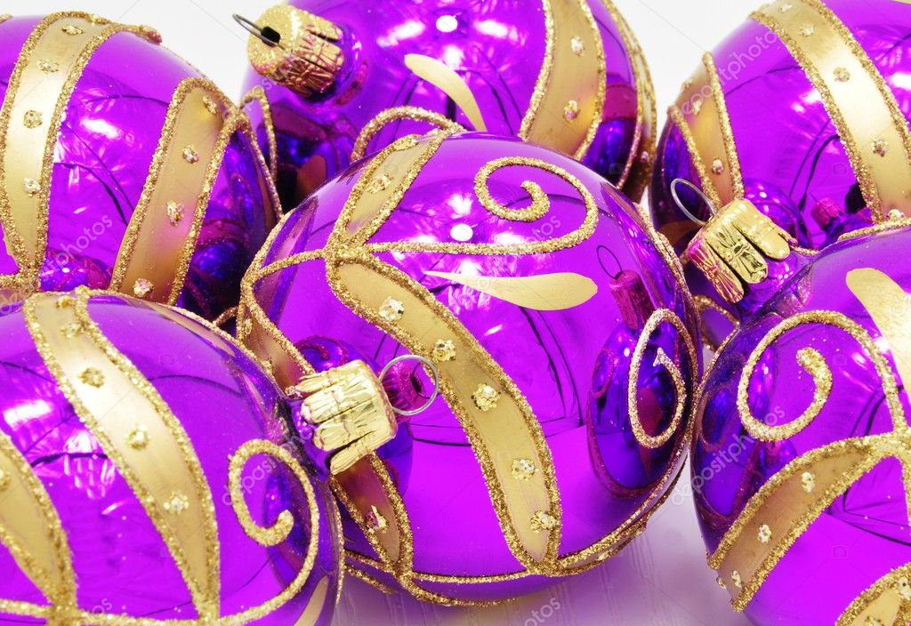 Very bright colored Christmas ornaments with reflections — Foto Stock #11961121