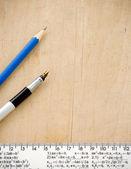 铅笔和尺子 — 图库照片