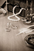 Old fashioned image of jewels — Stock Photo