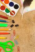 School accessoires op hout — Stockfoto