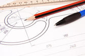 Drafing żurawia hak z ołówkiem i władcy — Zdjęcie stockowe