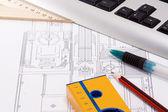 Keyboard, pen, leveler and pencils — Stock Photo