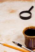 Skolan tillbehör och kaffe — Stockfoto