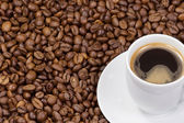 咖啡和杯 — 图库照片