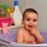 Foto de concepto - bebé — Foto de Stock   #10858542